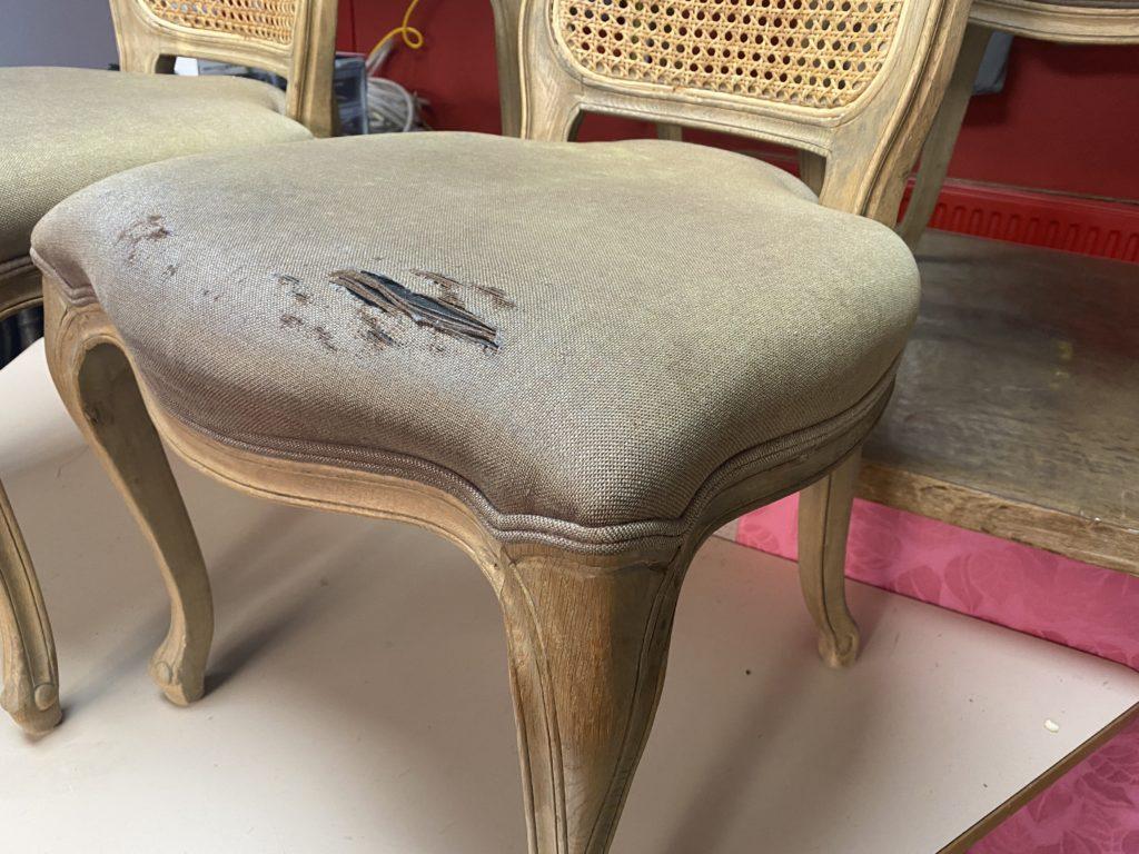 Doorgezakte stoelzitting Louis XV met gesaneerde rug