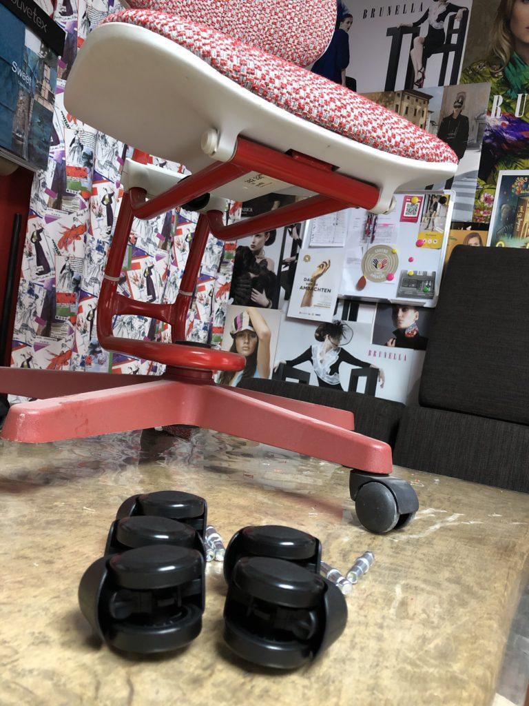 Nieuwe wieltjes voor Moll Scooter bureaustoel