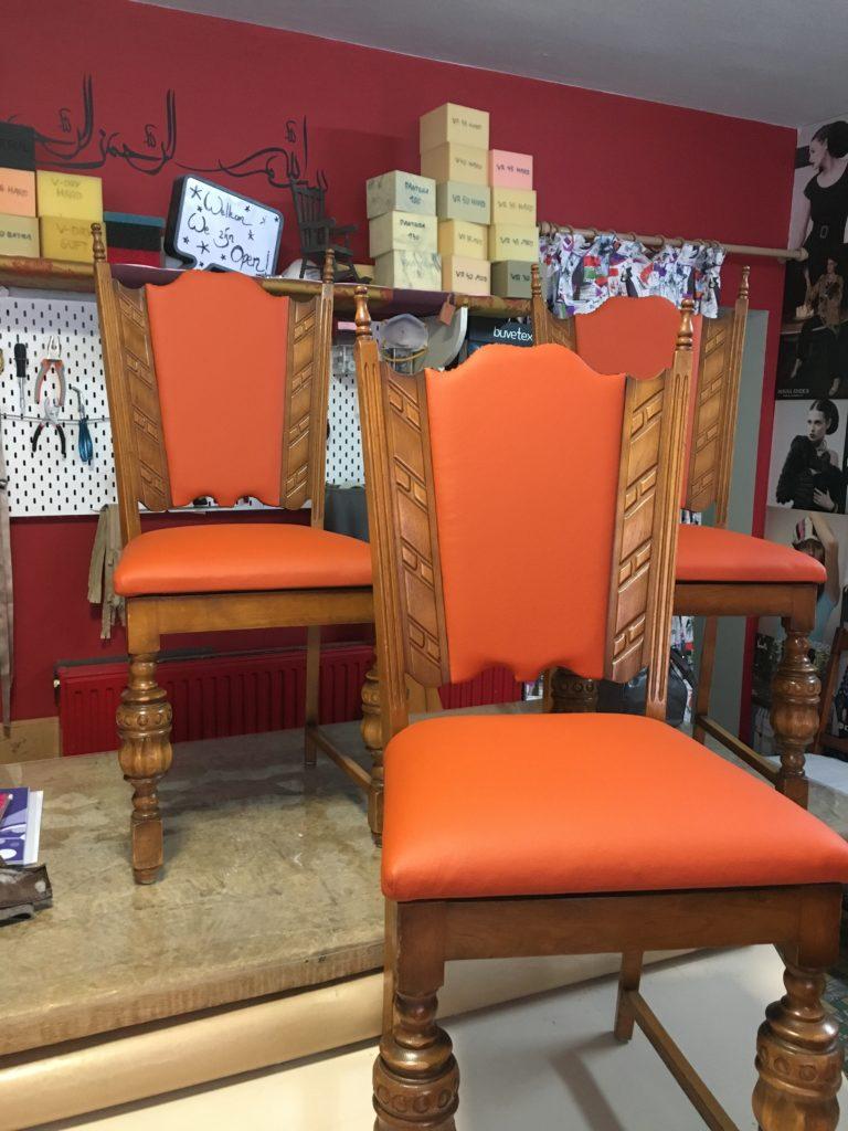 Geherstoffeerde stoel oranje kunstleder